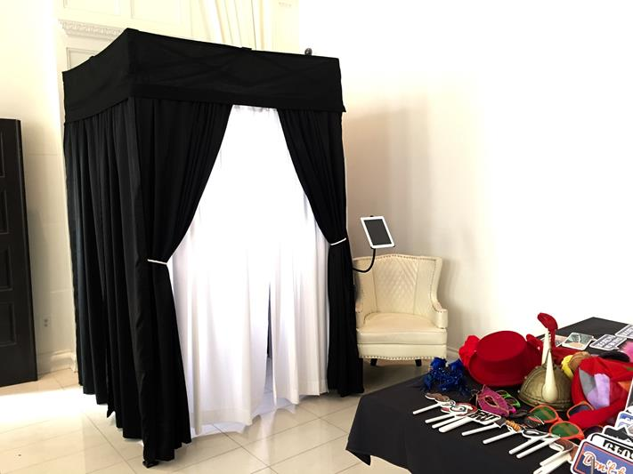 Enclosed Photo Booth  sc 1 th 194 & Photo Booth Rental NJ: New Jersey Photo Booth Rentals